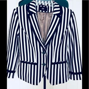 Stylish jacket by H&M, size 6, new